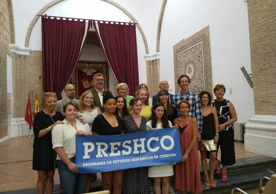 Recepción de bienvenida del alumnado de Preshco