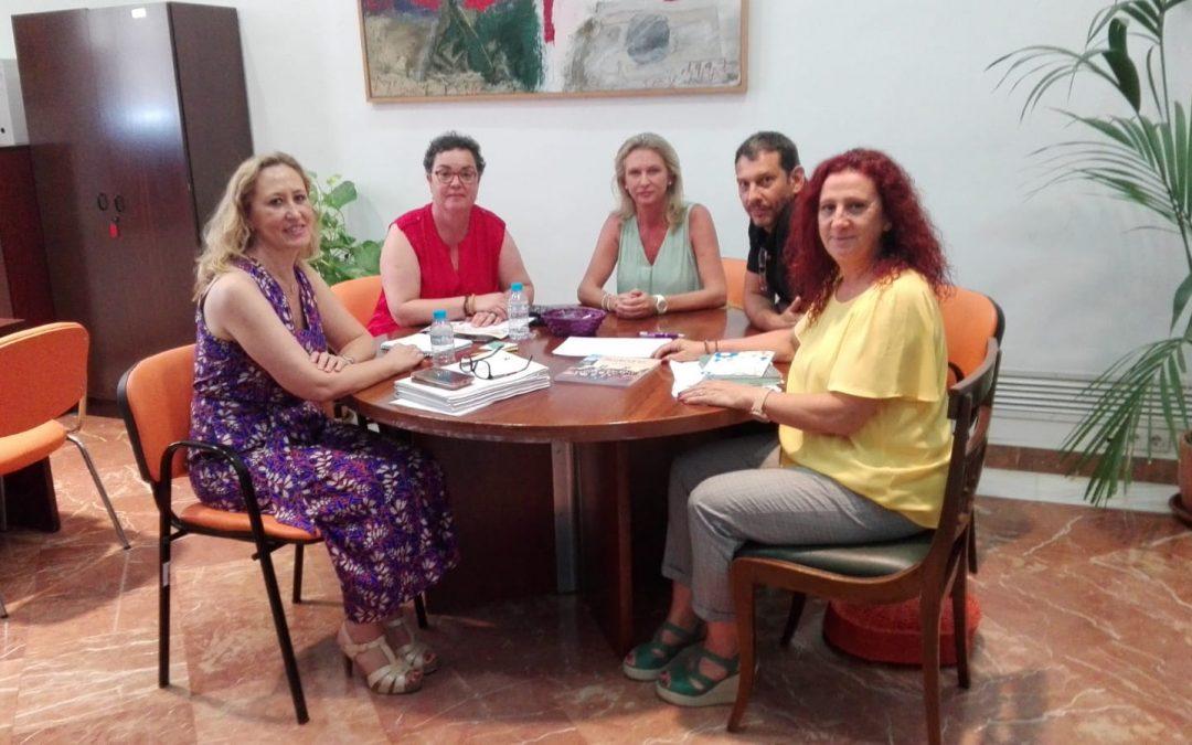 Reunión con la diputada Carmen Zurera