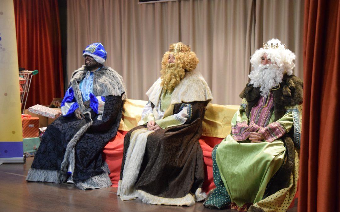 Visita de los Reyes Magos a Acpacys 2020