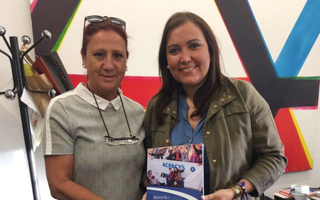 Presentación Memoria a Ana Carrillo Delegada de Desarrollo Económico
