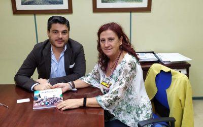 Acpacys entrega su memoria de actividades al Director del Centro de Valoración y Orientación de Córdoba D. Juan Jiménez