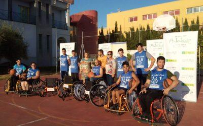 ONCE hace entrega sillas de ruedas a Acpacys