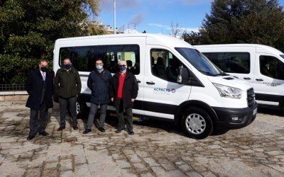 Fundación ONCE y Real Patronato sobre Discapacidad colaboran con ACPACYS en la adquisición de una furgoneta