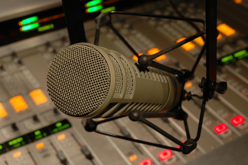 Programa piloto de radio Acpacys – Corre, anda, vuela o lo que quieras